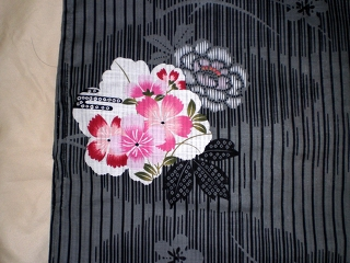 YUKATA for woman, black and flowers